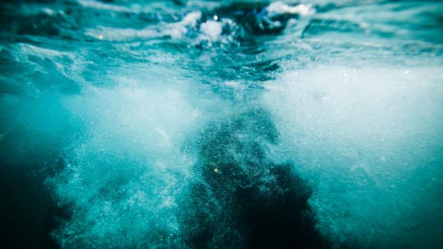 水の中の泡